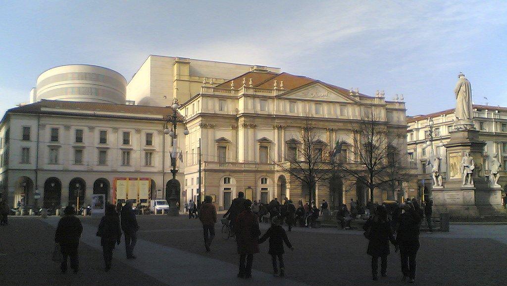 Tickets To Milan Fashion Week